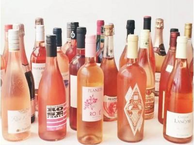 """最近桃红葡萄酒销量大增,它的颜色和口感都很""""夏日"""""""