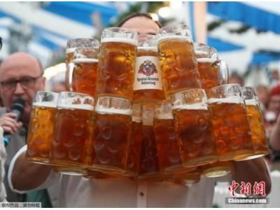 """挑战消费者心理:污水酿制""""屎水啤"""",你敢喝吗?"""