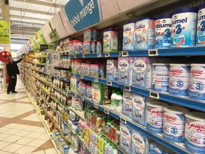奶粉战争进入下半场:部分未注册品牌断炊,大品牌竞争加剧