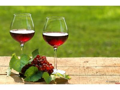 汇总|9家葡萄酒上市公司半年报:张裕净利同比下滑5.11% 威龙股份营收4.06亿元