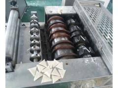 面粉膨化机,小鱼酥成型机