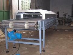 我厂专业生产各种金属网带、食品网带、果蔬清洗网链、膨化网带等