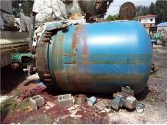 出售二手25吨搪瓷反应釜,二手25立方搪瓷反应釜