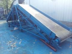 双向升降小型皮带输送机 双翼不等升降纸箱皮带运输机供应