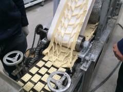 供应河南饼干机 225型饼干生产线 韧性饼干加工设备