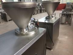 厂家直销腊肠灌场机 红肠加工设备 灌香肠机规格齐全
