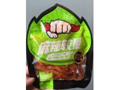 供应劲道辣面辣条 宇微食品厂家零售