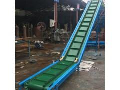 大型爬坡皮带输送机 型号规格齐全带式运输机性能稳定y9