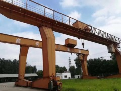 跨度16米 外旋各5米 高度9米龙门吊