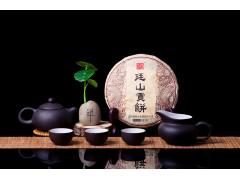 廷山古树茶叶 云南七子饼普洱茶熟茶饼250克勐海宫廷特级老茶
