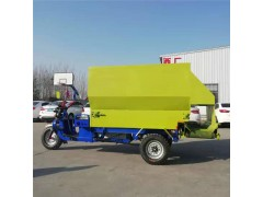 养殖场喂料车 小型电三轮撒料车 可调出料的撒料车