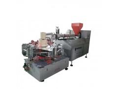 果奶瓶吹塑机可用机型有四模转盘、六模转盘、全自动一出四液压机